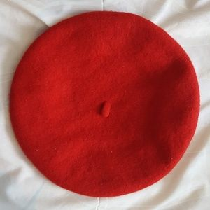 Red wool beret